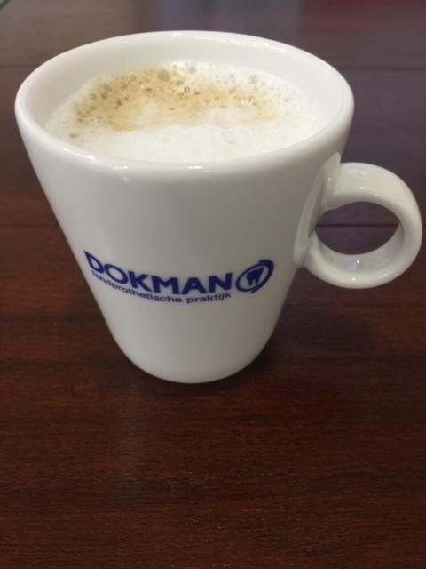 Bij tandprothetische praktijk Dokman staat de koffie klaar